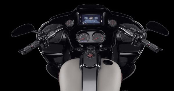 Harley-Davidson's latest swipe at relevance: Android Car