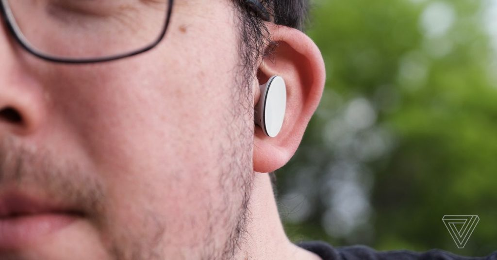 Microsoft Surface Earbuds overview: comfort at a cost