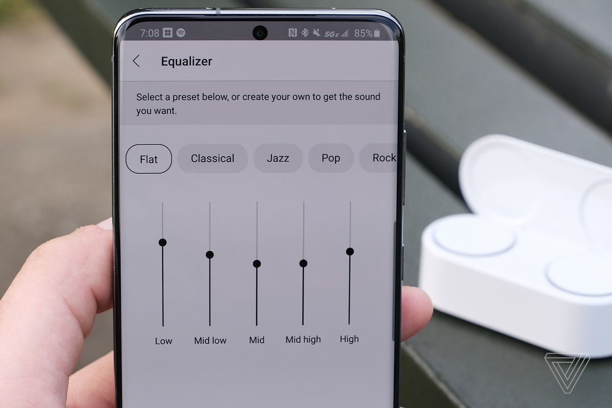 An image depicting the equalizer settings from Microsoft's Surface Audio app.