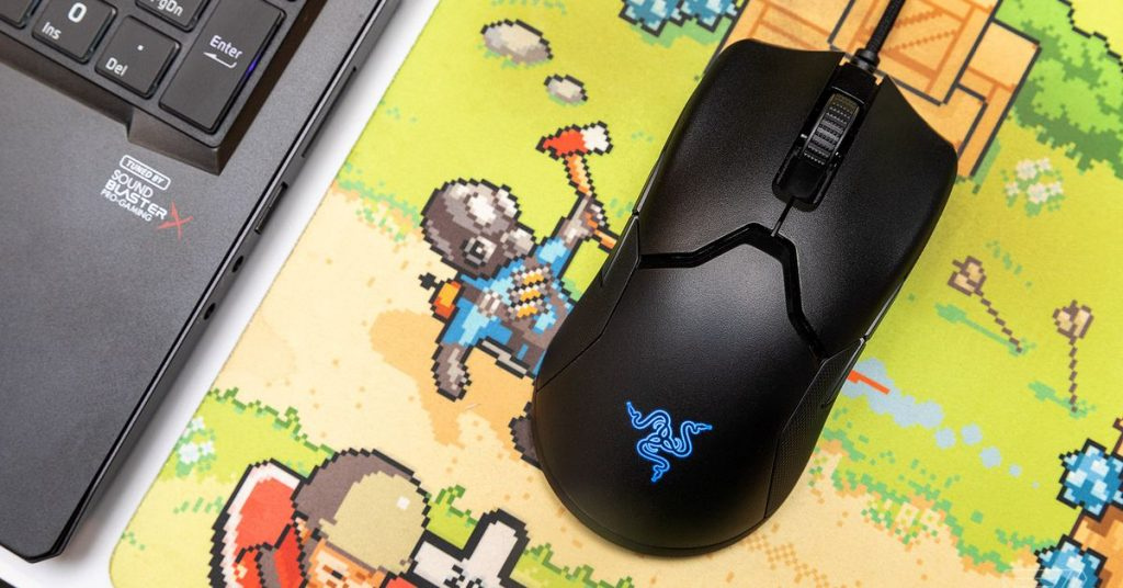 Razer's very good Viper gaming mouse is free whilst you purchase the Huntsman TE keyboard
