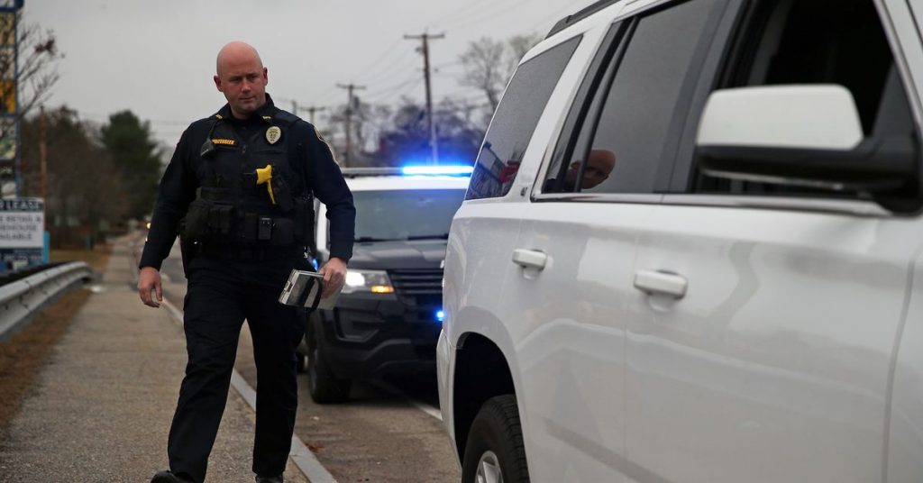 'Hey Siri, I'm getting pulled over' shortcut makes it easy to record police