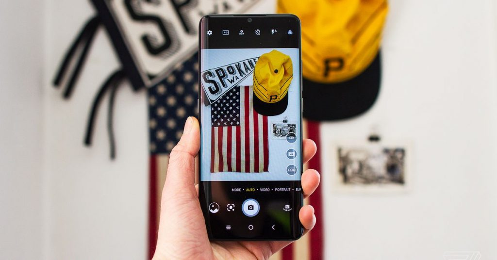 TCL's 10 Pro Android phone is $70 off at Amazon