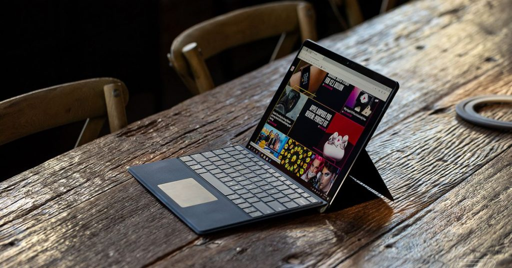 What Windows can teach the Mac about the switch to ARM processors