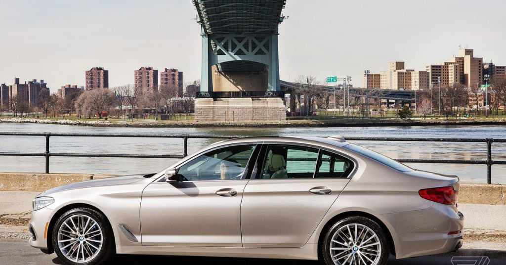 BMW will make an all-electric 5 Series, 7 Series, and X1