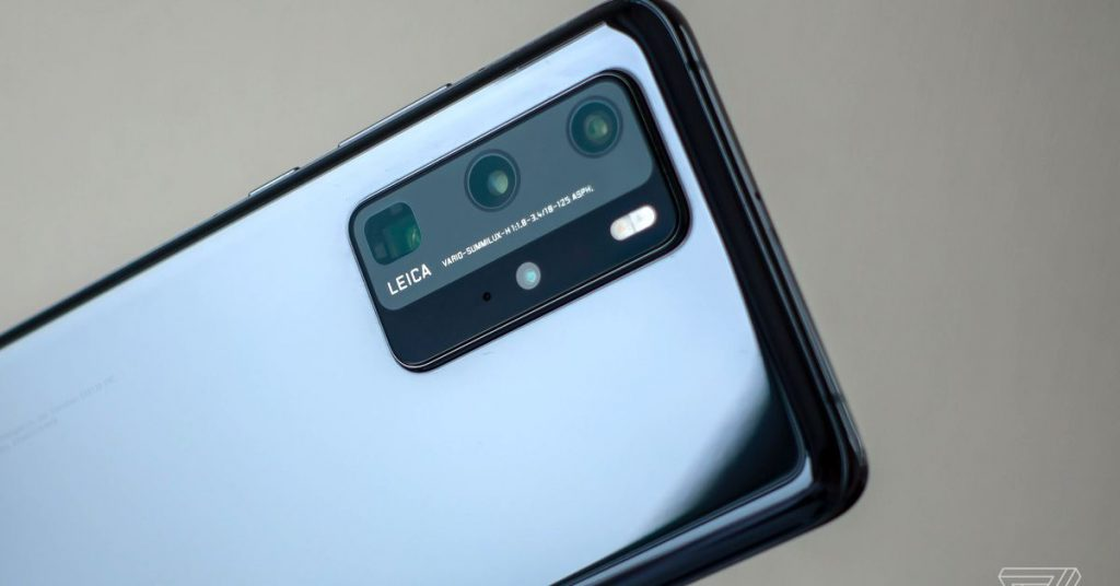 iPhones to get periscope telephoto cameras in 2022, says Kuo