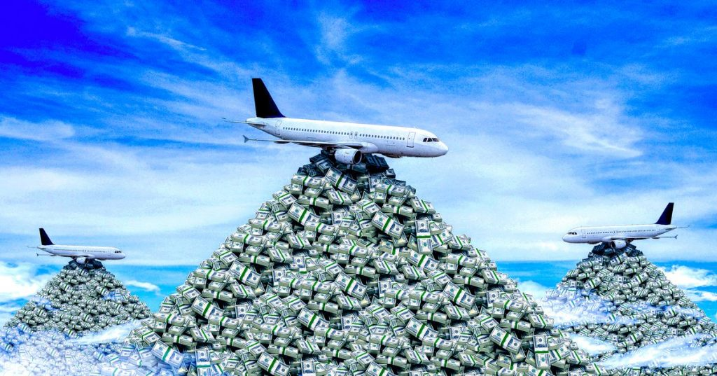 Big airlines are hoarding cash to survive the pandemic